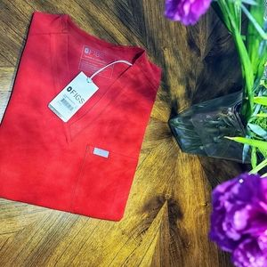 BNWT Figs Limited Edition Red Scrub Top XS